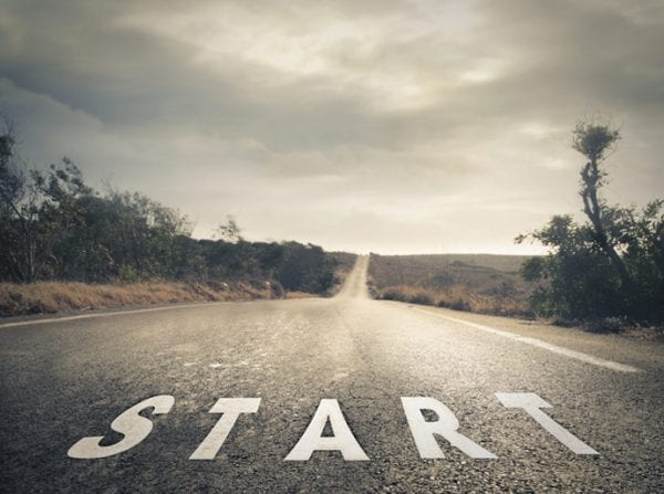 Start-A-Business-And-Keep-Your-Day-Job-For-Now