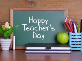 Happy Teacher's Day written on a blackboard