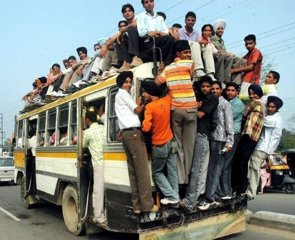 5 Types of People You'll Meet on a Bus 1