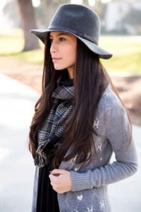 Pair your outfit with a hat or a heavy necklace or any kind of accessories to look different and mind-blowing!