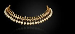 Collar Necklaces- Latest Fashion Trends 1