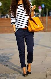 Simple jeans/pant and a tee is a great casual outfit which also makes you look sexy when paired with some good makeup. sexy