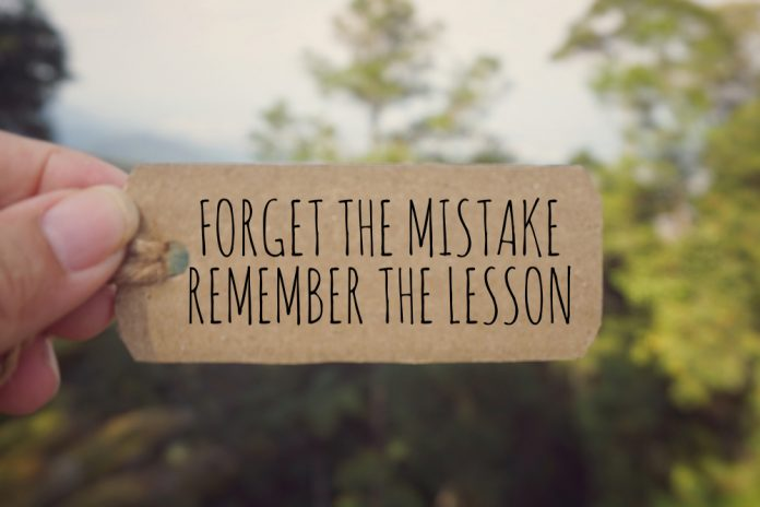 Motivational quote about mistakes