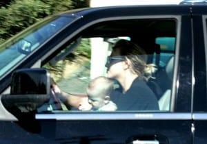 045_britney_baby_driving