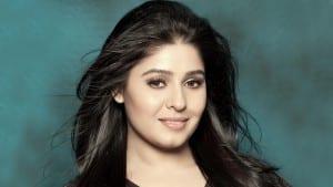 Sunidhi-Chavhan-HD-Wallpaper top singers of india