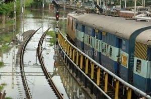 chennai-flood-railwaystation.jpg.image.660.434