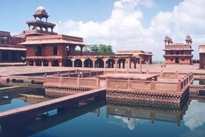 fatehpur003 must visit places in india