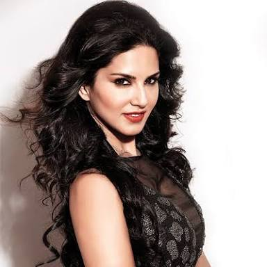 The Trending Hustler Queen of India : Sunny Leone Bollywood