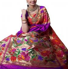 imgres 10 most famous Indian Sarees