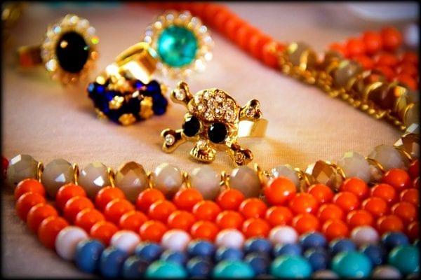 Jewelry Trends: Contemporary Jewelry and Handmade Jewelry 1