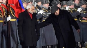 407934-pti-narendra-modi-walking-in-moscow-when-national-anthem modi