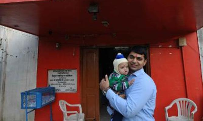 Youngest Single Parent: Story of Aditya Tiwari and Binney 9