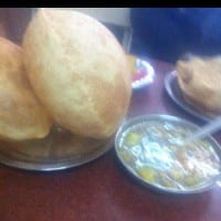 Places That Serve Incredible Chole Bhature in Delhi 2