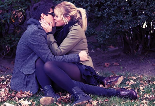 Analysing the Kissing Paradox – Why Do Humans Kiss? kissing