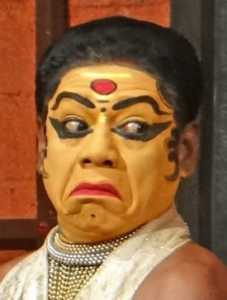 Actor_of_Kathakali_(Kochi,India)_-_Facial_expression-04