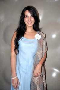 Shraddha_Nigam_at_the_Press_meet_of_'Lakme_Fashion_Week_2012'_01