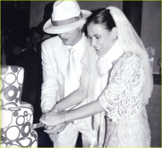 demi-moore-ashton-kutcher-wedding (1) age