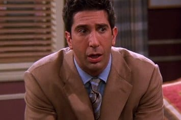 can-you-guess-why-ross-geller-is-freaking-out-fro-2-30344-1452191589-7_big