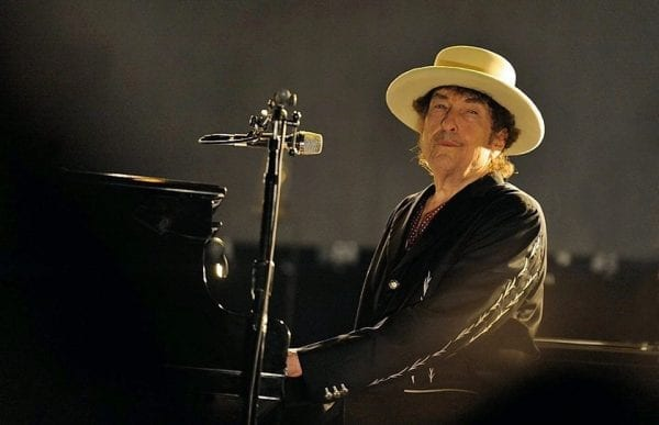 After Months of Controversy, Bob Dylan finally accepts the Nobel Prize 3