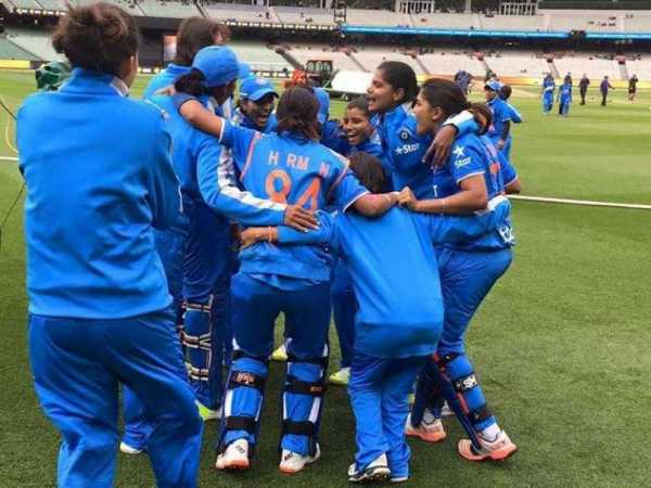 India Defeats Australia To Enter Women's Cricket World Cup Final 13