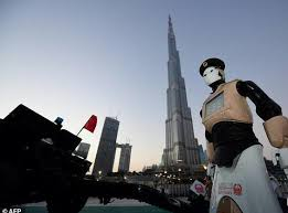 World's First Robocop Makes Its Debut In Dubai 2