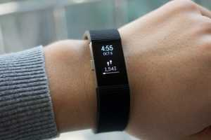 Favored Fitness Tracker : Fitbit Charge 2 Review 1