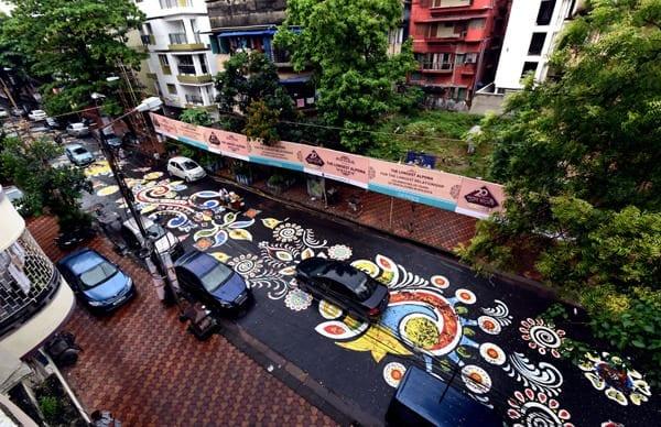 Kolkata Inaugurates Pujo With 1.5 Km Long Rangoli 11