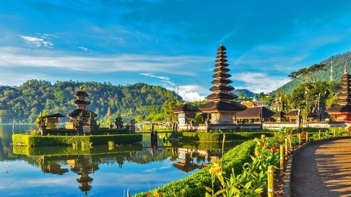 5 Best Asian Countries To Honeymoon Under INR 1 Lakh 7