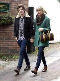 Taylor Swift's Boyfriends And Their Stories 8