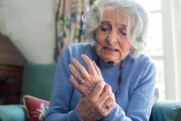 Is CBD Oil an Effective Treatment for Arthritis Pain? 2