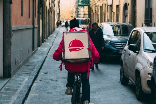 How Do Home Food Delivery Systems Work?