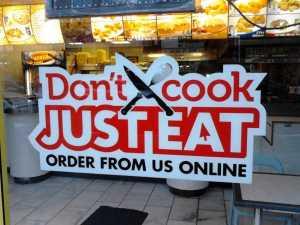 The Top Benefits of Ordering Food Online in India 2