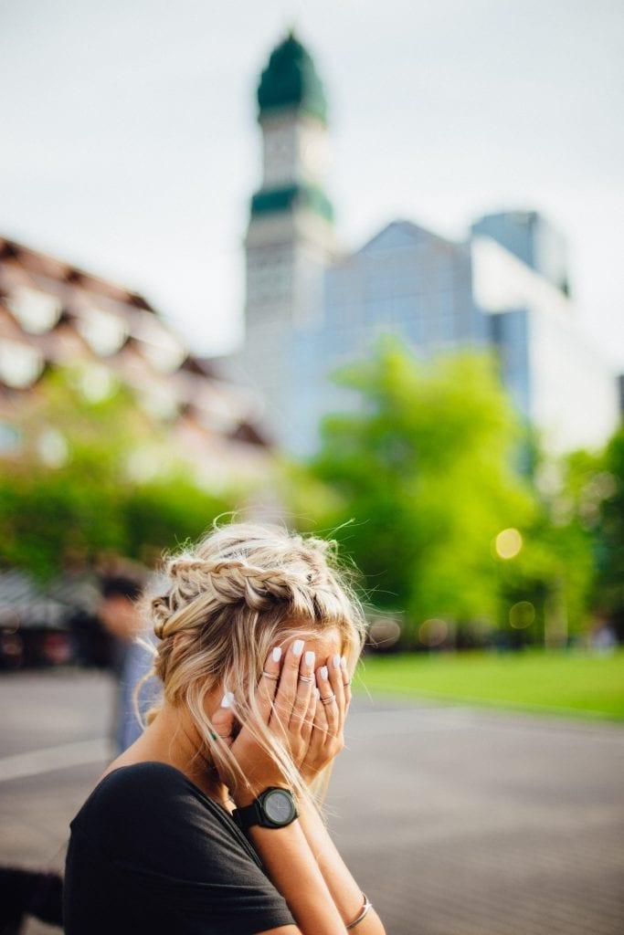 Awkward 10 Introvert Problems they won't Speak of! 3