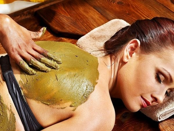 Look At These 25 Advantages Of Body Scrub To Achieve A Glowing Skin 7