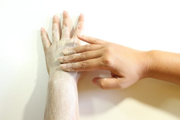 Look At These 25 Advantages Of Body Scrub To Achieve A Glowing Skin 5