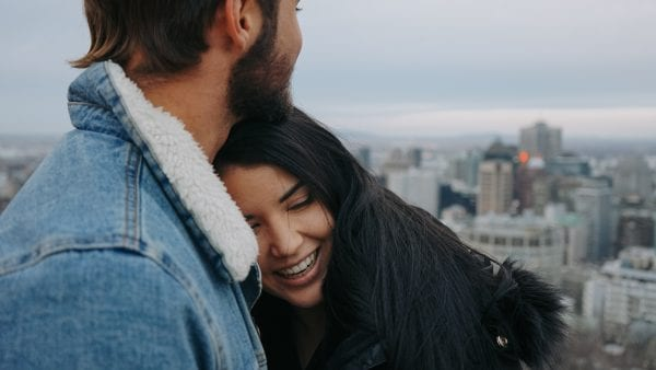 What Happens to You When You Fall in Love? 5 Great Signs 10