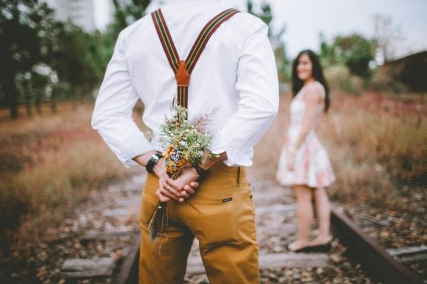 What Happens to You When You Fall in Love? 5 Great Signs 12