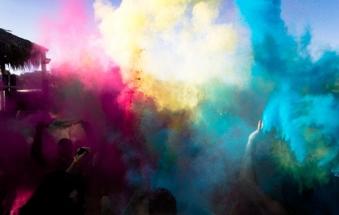 how to get holi colors off