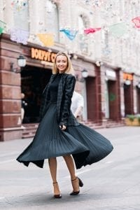 A Comprehensive Guide to 5 Wardrobe Must Haves for Every Woman! 9