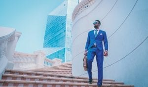 man-in-blue-suit-999267