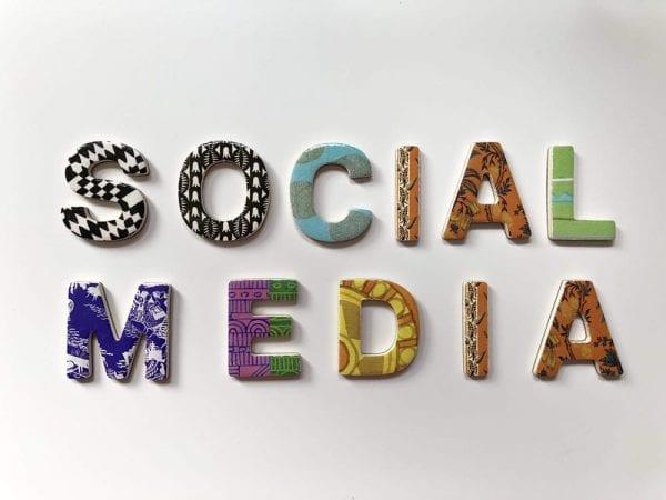 Social Media v/s Real Life: Top 9 Arguments 2