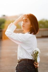 white shirt as clothes for skinny women