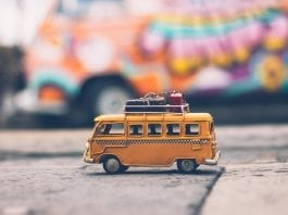 action-blur-car-child-386009
