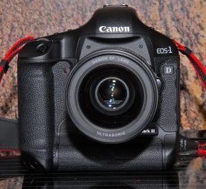 Canon EOS R5 mirrorless camera