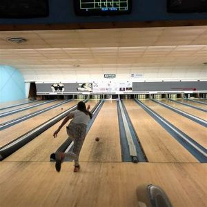 3 Best Places For Candlepin Bowling In USA 7