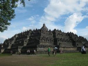 20 Marvellous Buddhist Temples around the world 9