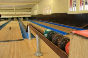 3 Best Places For Candlepin Bowling In USA 6