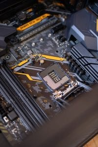 How Build a Custom Gaming PC 3