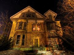10 Most Scary Haunted Houses In Houston 1