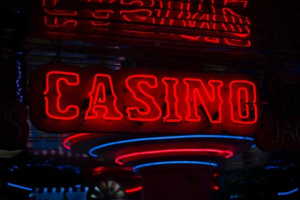 Who Can Play Online Casino 13
